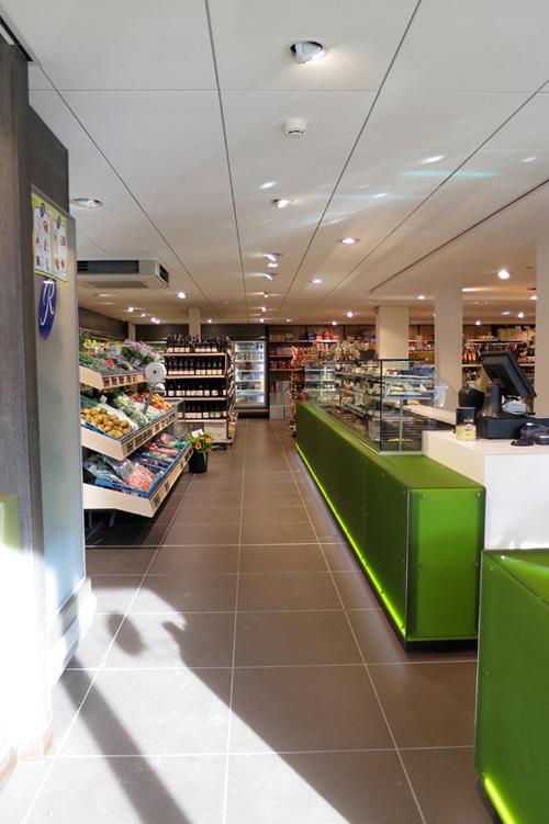 Restylen supermarkt en delicatessenwinkel herman de jong for Interieur hermans